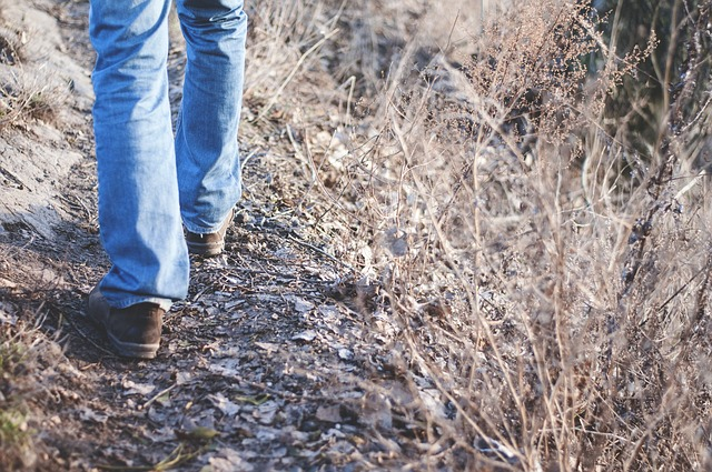 Degelijke wandelschoenen aanschaffen